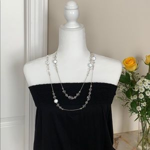 LONG BEADED NECKLACE - PRETTY AND VERSATILE!
